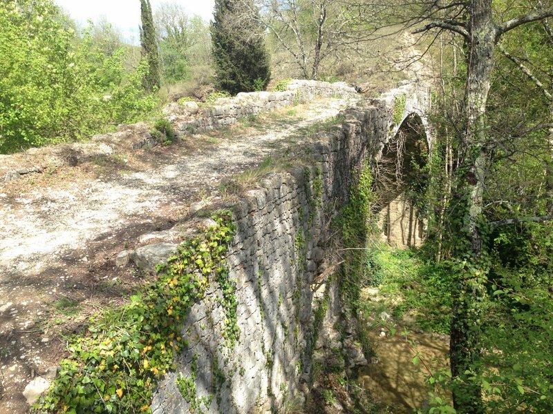Ponte Romano - Camerata
