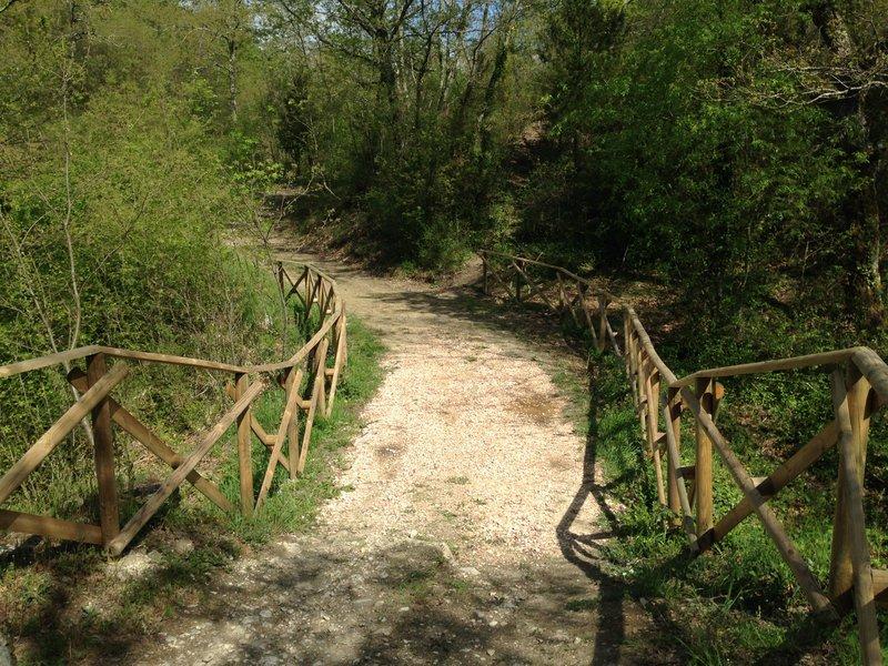 Ponte sul Torrente Amata