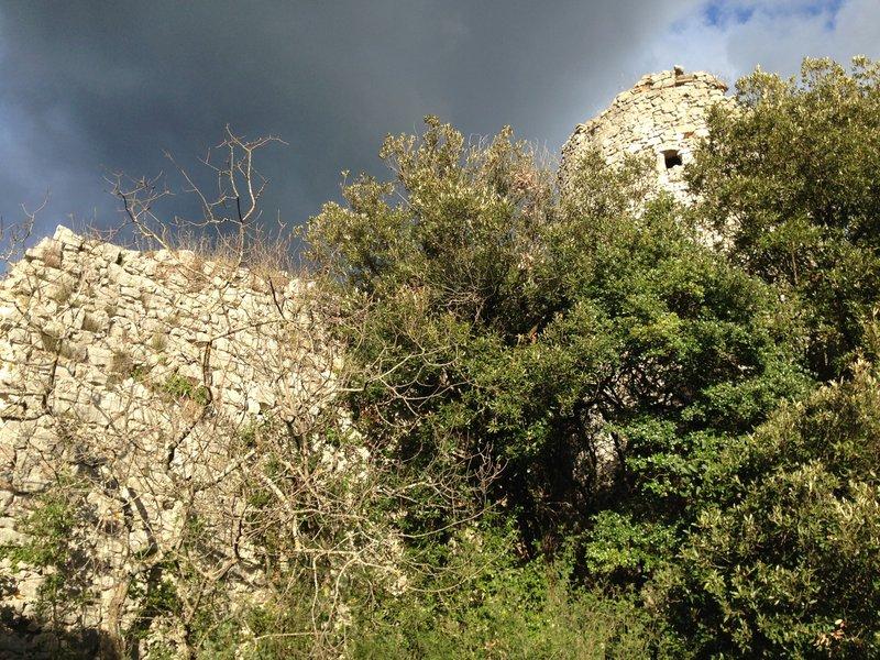 Torri e Mura Medievali - Cesi